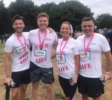 Reynolds takes part in Race for Life