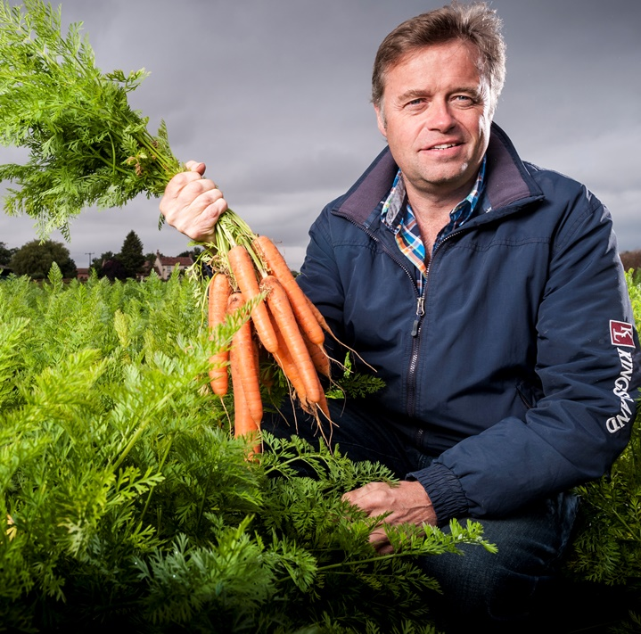 expert carrot grower - Guy Poskitt